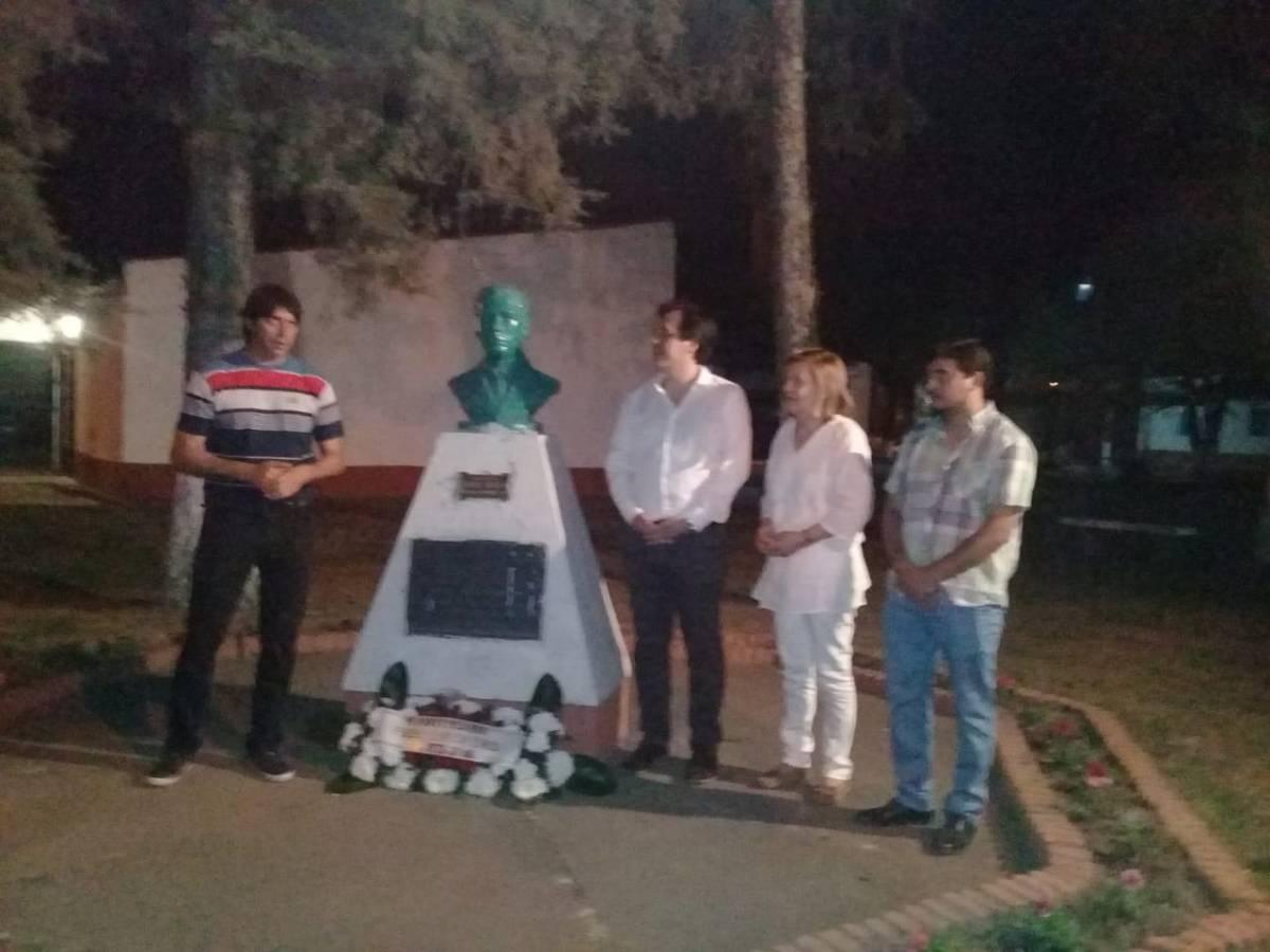 La familia del Capitán Cáceres visitó el pueblo homónino. Conocé la historia