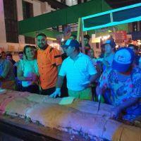 Hicieron el sanguche de milanesa más grande del mundo 4,60 metros